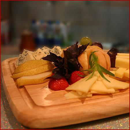 Рубрики: Блюда из сыра, Закуски и холодные закуски Tags: грецкие орехи...