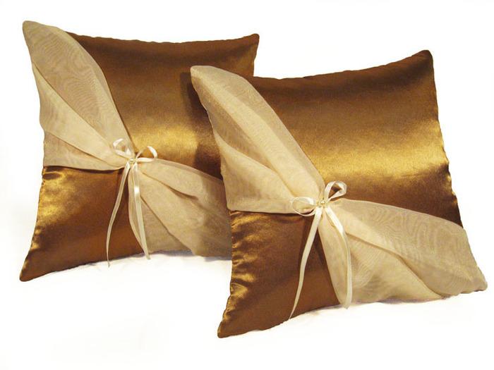 Декоративные подушки из штор