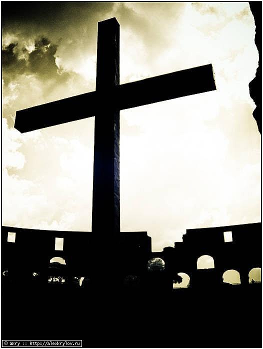 Памятник христианам, убитым в Колизее