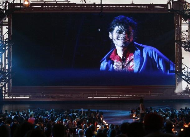 Фильм о Майкле Джексоне