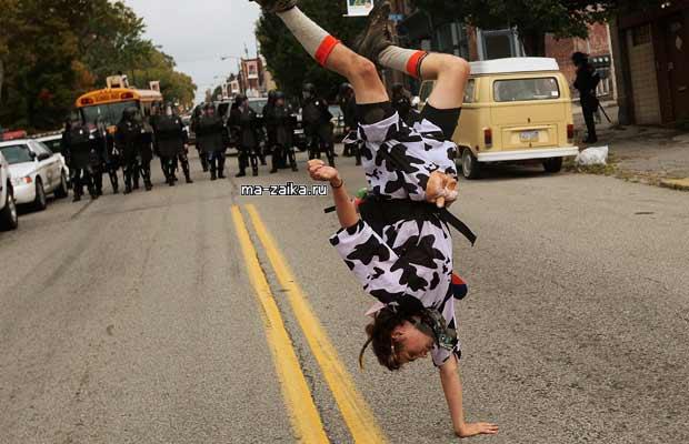 Слезоточивый газ по протестующим G20