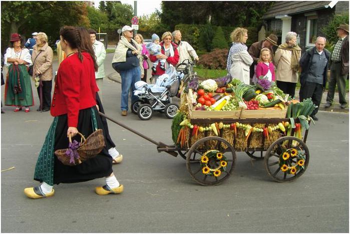 Урденбах, праздник Урожая