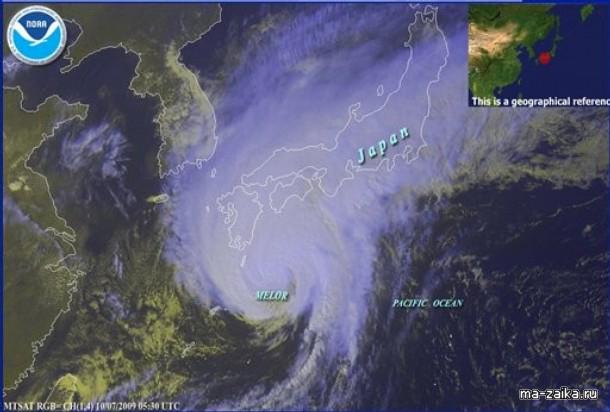 Тайфун Melor, JapaN