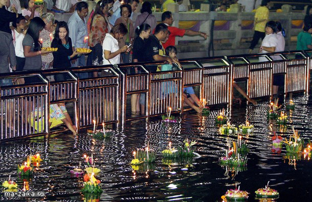 Тайский фестиваль воды Loy Krathong