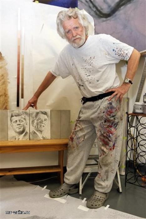Монументалист Кент Twichell в своей студии в Лос-Анджелесе, 3 ноября 2009.