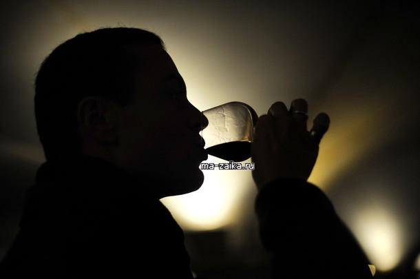149-ый благотворительный аукцион продажи вин в Боне, Франция, 15 ноября 2009.