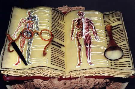 торт анатомический атлас для медиков