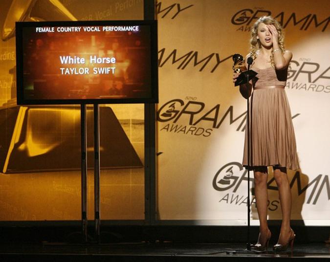 На церемонии Грэмми 2010 (Grammy 2010)