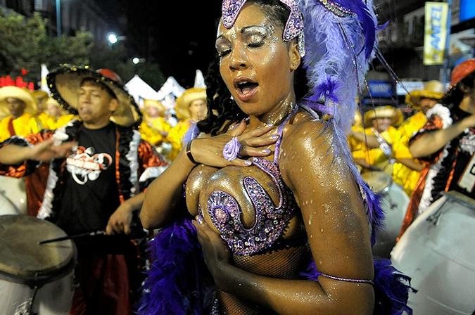 Карнавалы Латинской Америки: Карнавал в Монтевидео.