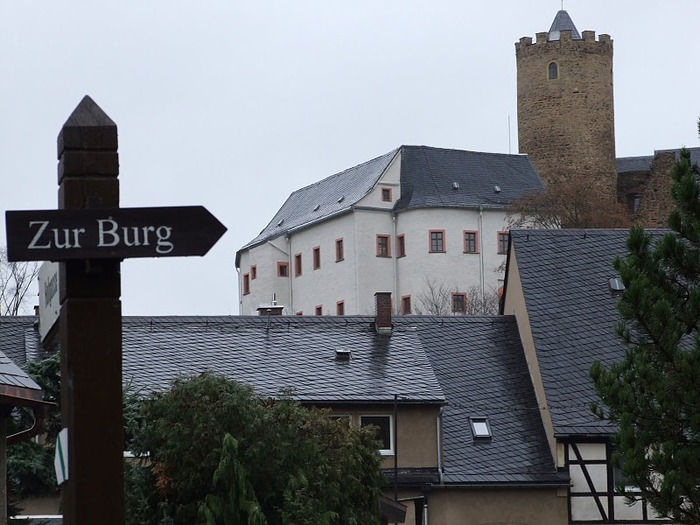 Крепость Шарфенштайн (нем. Burg Scharfenstein) 90278