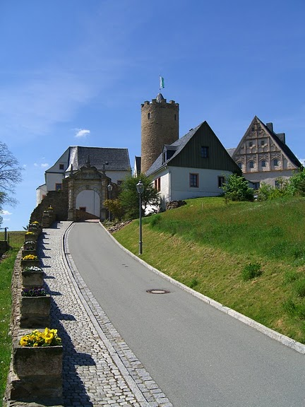 Крепость Шарфенштайн (нем. Burg Scharfenstein) 42732