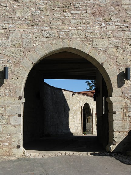 Крепость Шарфенштайн (нем. Burg Scharfenstein) 86541