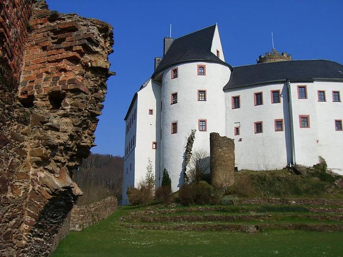 Крепость Шарфенштайн (нем. Burg Scharfenstein) 63062