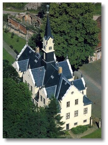 Замок Бургк (нем. Schloss Burgk) 13680