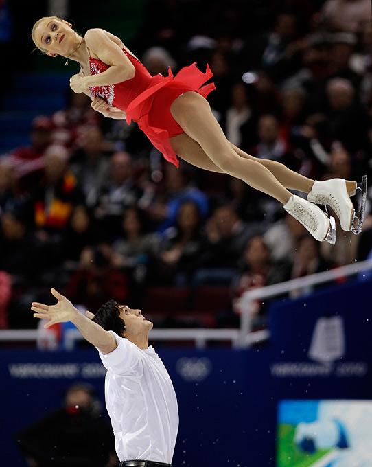 Полет олимпийских фигуристок, подкрутка, Ванкувер, Канада, 15 февраля 2010 года.