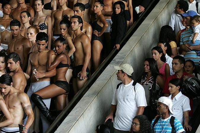 Национальный день белья в Бразилии, Бразилиа, 9 февраля 2010 года.