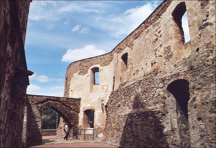 Замок Лауенштайн (нем. Schloss Lauenstein)-Erzgebierge,Sachsen 89972
