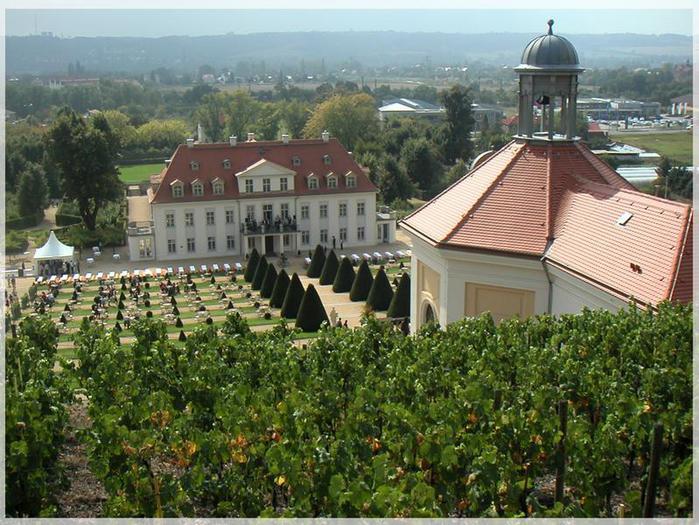 Замок Вакербарт (нем. Schloss Wackerbarth) 95857