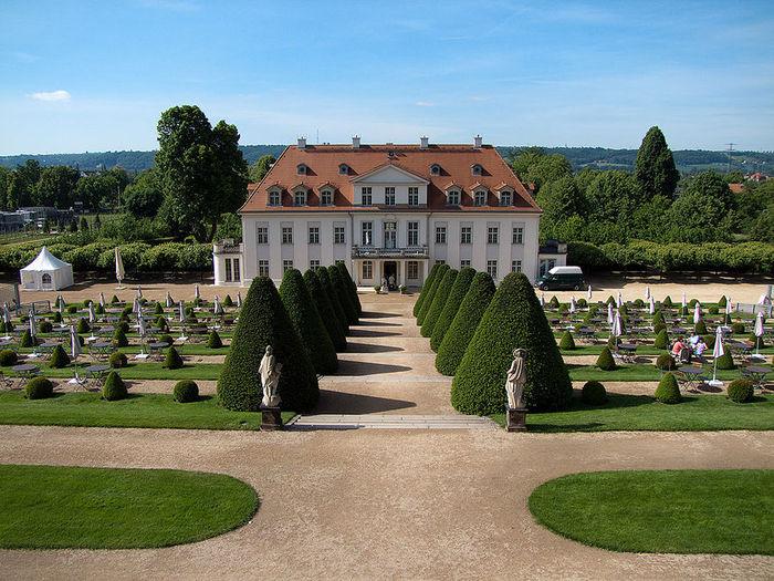 Замок Вакербарт (нем. Schloss Wackerbarth) 26814