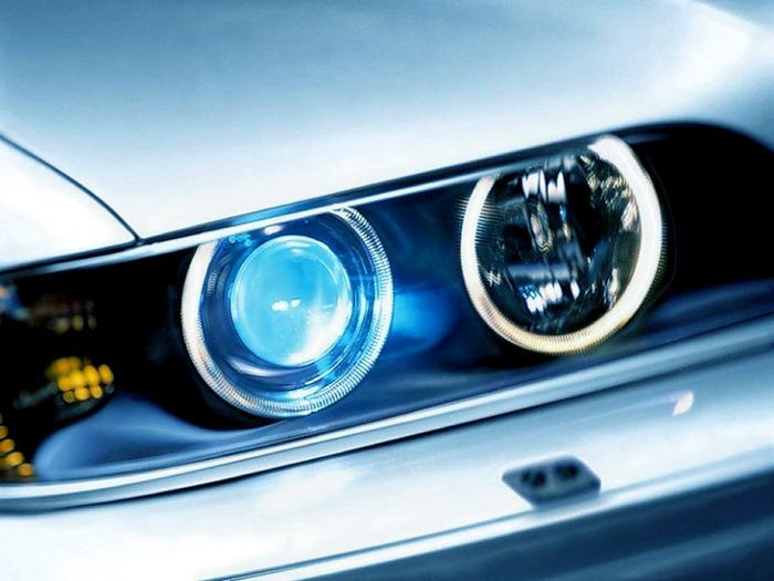 Можно ли лишать водительских прав за ксеноновые фары?