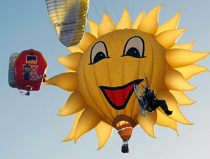 Путешествие на воздушном шаре, 15-й Международный филиппинский фестиваль воздушных шаров Clark Freeport в провинции Пампанга, к северу от Манилы 11 февраля 2010 года.