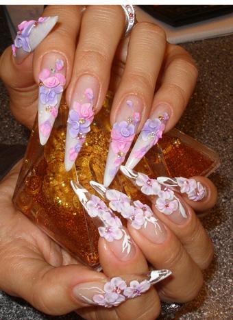 красивый дизайн острых ногтей:
