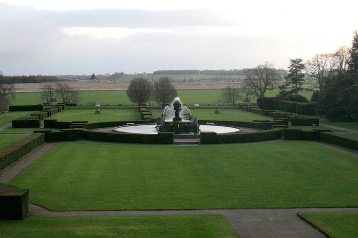 Замок Ховард близ Йорка (Великобритания) 86800