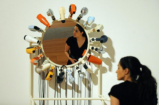 Netless португальского дизайнера Хуаны (Жоаны) Васконселос, Культурный центр Белем в Лиссабоне, 1 марта 2010 года.