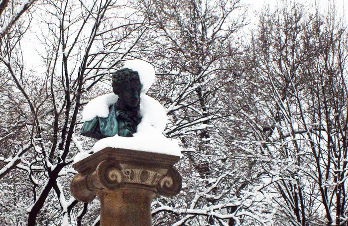 парк пушкина, памятник пушкину в кишиневе