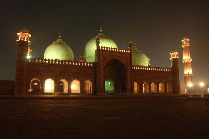 Мечеть Бадшахи (Badshahi Mosque) Лахор, Пакистан 37648