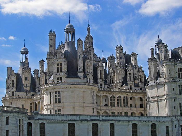 Замок Шамбор – королевский каприз 78470