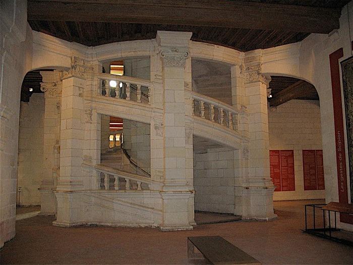 Замок Шамбор – королевский каприз 34481