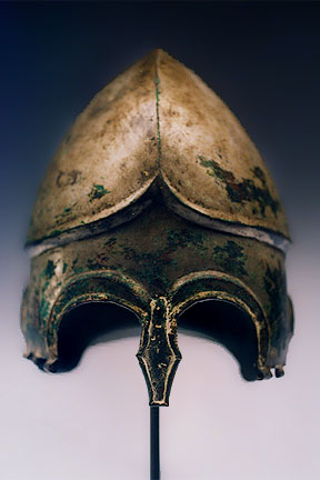 CHALCIDIAN TINNED BRONZE HELMET 5th-early 4th Cent (288x432, 24 Kb)