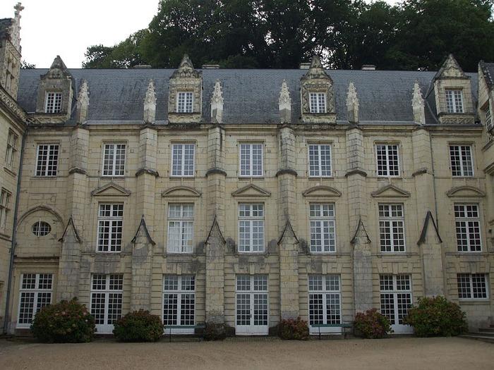 Замок Юссе - «замок спящей красавицы» 23202