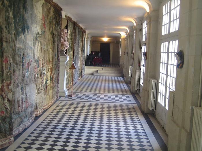 Замок Юссе - «замок спящей красавицы» 92971