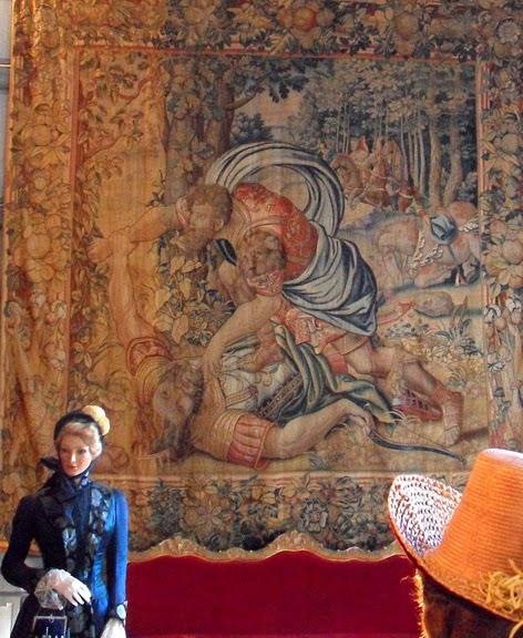 Замок Юссе - «замок спящей красавицы» 10097