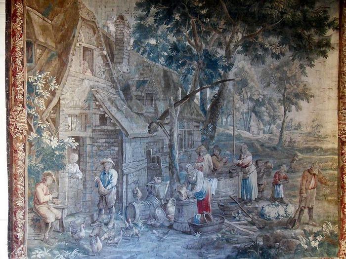 Замок Юссе - «замок спящей красавицы» 39250