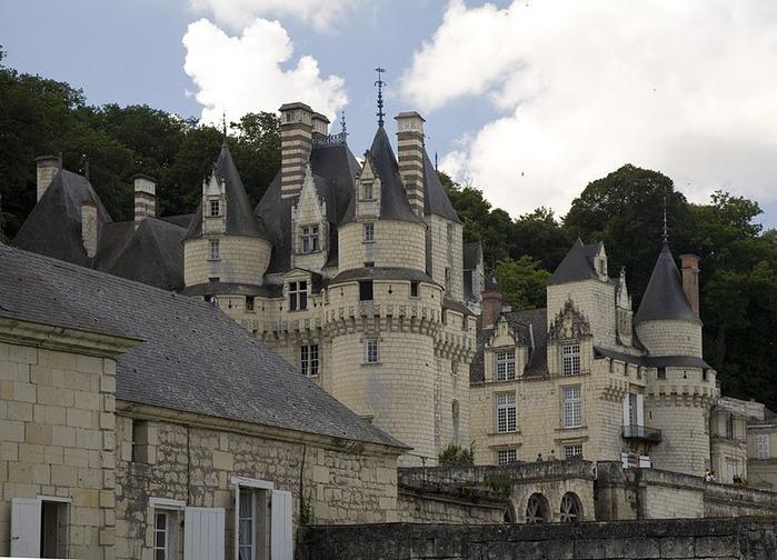 Замок Юссе - «замок спящей красавицы» 74476