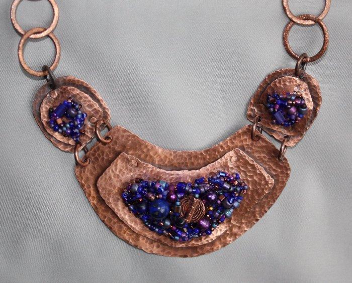 Беверли Эш Гилберт /бисер/. 56583303_1268831541_Beads_on_Metal_purple_on_copper_