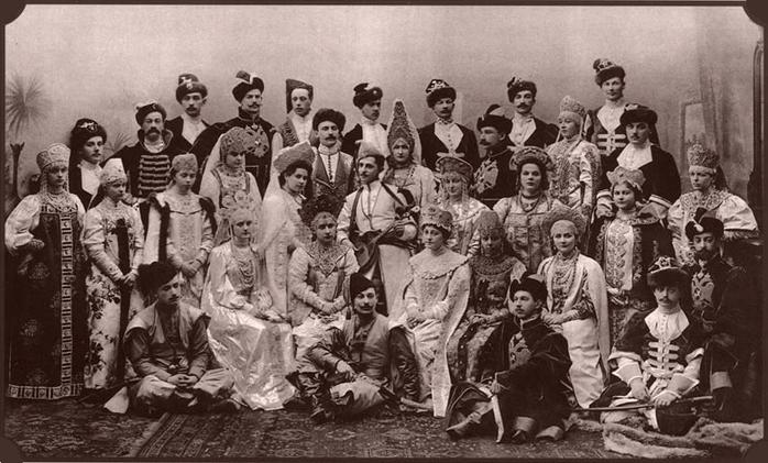 56068747 1903 ball  01 group Царь Николай II возрождал Россию. Собрание редких фотографий