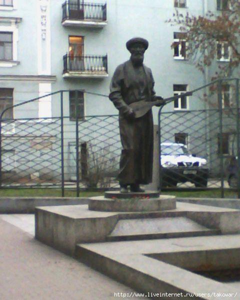 Памятник подешевле Чистые пруды Лампадка из лезниковского гранита резная Дмитровск-Орловский