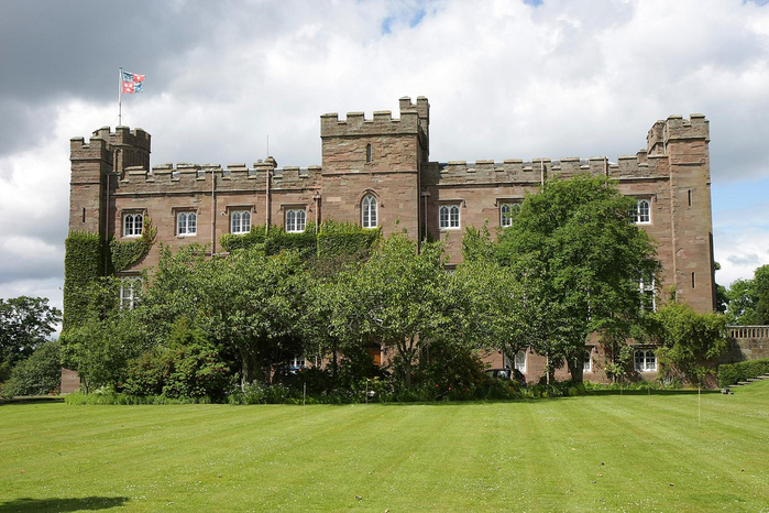 Замок Скоун (Scone Palace) 85327