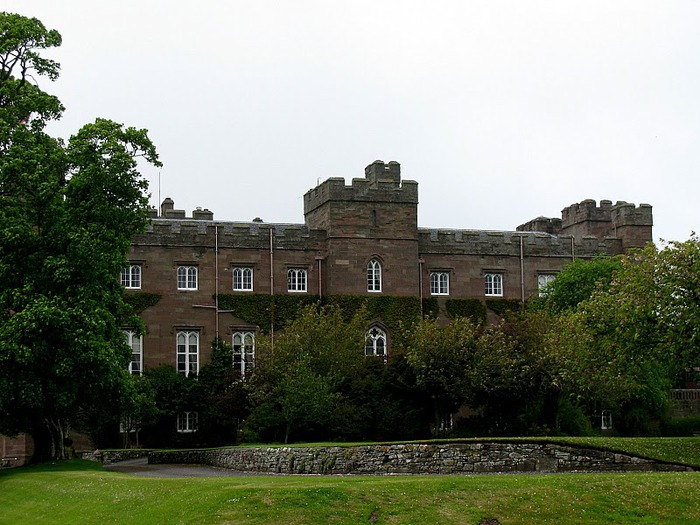 Замок Скоун (Scone Palace) 39868