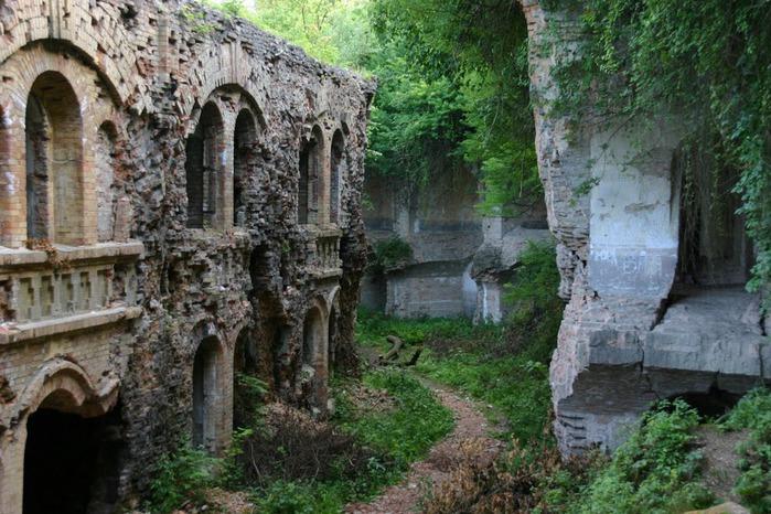 Таракановский форт 37007