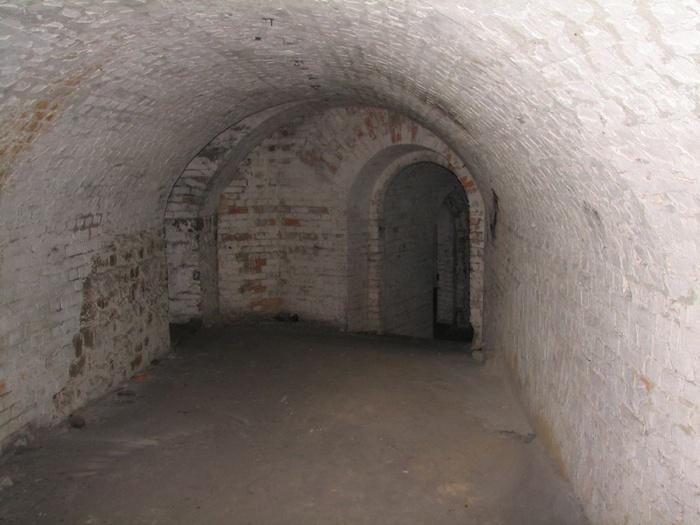 Таракановский форт 48094