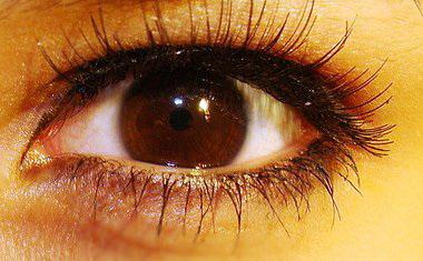 фото черных глаз