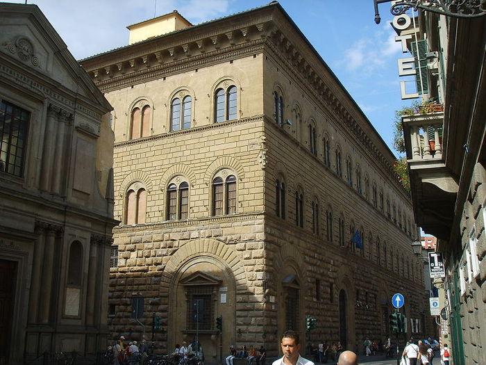 Палаццо Медичи-Риккарди (Palazzo Medici Riccardi) 57131