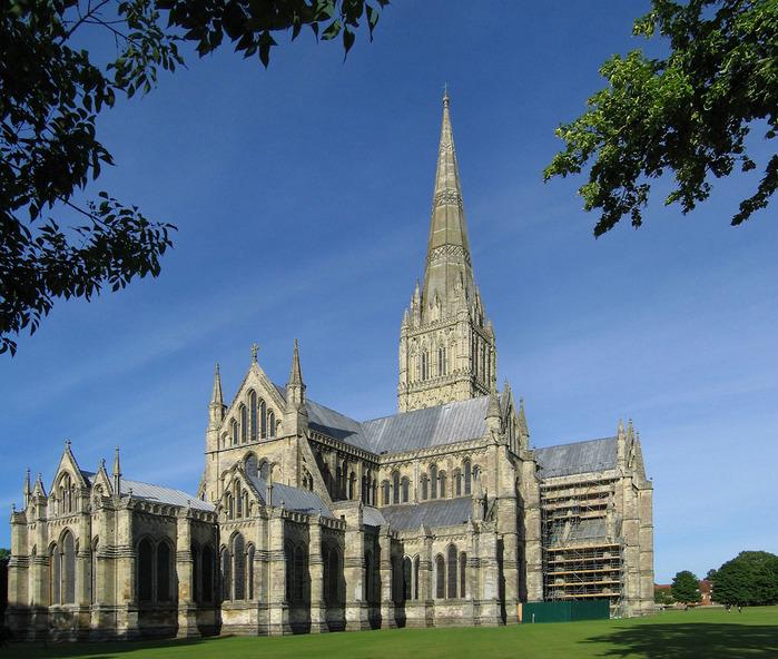 http://img1.liveinternet.ru/images/attach/c/1//58/373/58373342_Salisbury_Cathedral.jpg