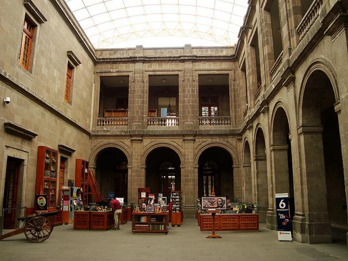 Castillo de Chapultepec (Замок Чапультепек) 76180