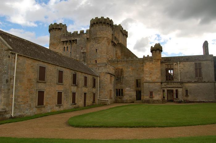 Замок Белси (Belsay Castle) 48280
